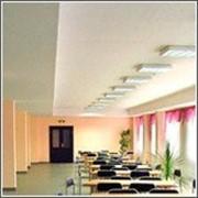 Освещение школьного кабинета и административных зданий фото