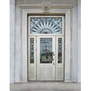 Входные двери с витражами 10 фото