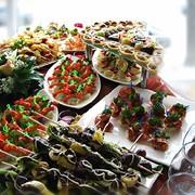 Приготовление пищи на полевых кухнях фото
