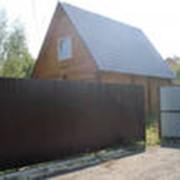 Заборы из профнастила для дачи или для дома фото