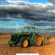 Трактор сельскохозяйственный фото