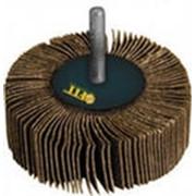 Круг лепестковый 60х20х6 (14А20) P80 с оправкой (39564) FIT фото