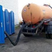 Откачка канализационных стоков фото