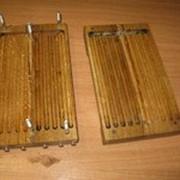 Форма деревянная для хозяйственных свечей диаметр 16мм, высота Свеча 220 мм, в форме 15 штук фото