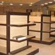 Сборка и монтаж торговой мебели фото