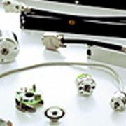 Выбор, поставка, установка фотоэлектрических, магнитных преобразователей перемещения, УЦИ или УЧПУ, программируемых контроллеров. фото