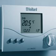 Регулятор непрерывного действия calorMATIC 330 для управления по температуре воздуха в помещении + управление котлом в зависимости от температуры в помещении, пр-во Vaillant Group (Германия) фото