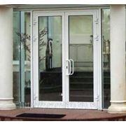 Входные двери из ПВХ и алюминия фото