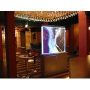 Воздушно - пузырьковые панели  колоннады  Водопады по стеклу и зеркалу интерьерные водопады фото