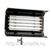 Люминесцентный светильник Cinelight 4/20 DMX фото