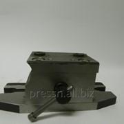 Кондуктор для обработки металлических изделий фото