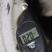 Брелок - измеритель давления в шинах фото