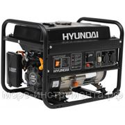 Генератор бензиновый Hyundai HHY2500F, 230 В, 2.2 кВт, ручной запуск, 40 кг. фото