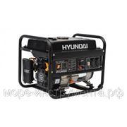 Генератор бензиновый Hyundai HHY3000F, 230 В, 2.6 кВт, ручной запуск, 41.5 кг. фото
