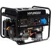 Генератор бензиновый Hyundai HHY7000FE, 230 В, 5.0 кВт, электростартер, 74 кг. фото
