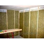 Проклейка стен пробковым звукоизоляционным материалом под малярку фото