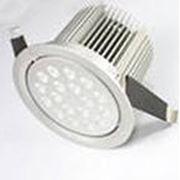 Потолочный светодиодный светильник карданного типа Geniled Сейлинг- А18-108 o 118 x 91,5 18Вт фото
