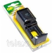 Экономичное зарядное устройство для 1 или 2 аккумуляторов размера AA/R6 и AAA/R03 180mA GP PowerBank S330 фото