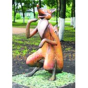 Фигура садово-парковая лиса из сказки колобок фото