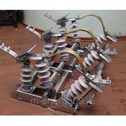 Разъединитель линейный качающегося типа РЛКВ-2-10.IV/400 фото
