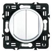 Выключатель (переключатель) двухклавишный Legrand Celiane 10А с клавишей (белый) фото