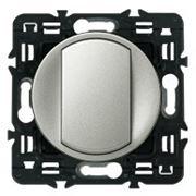 Выключатель 1кл промежуточный Legrand Celiane 10А с клавишей (титан) фото