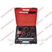 Набор клуппов 1 4-1 2-3 4-1-1,25+ плашкодержатель с трещоткой, 8 предм. MATRIX 77332 фото