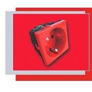 Розетка 2 модуля 2Р+Е красная Mozaic/Legrand 077218 фото