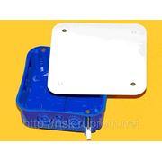 Коробка распред. универсальная для скрытой проводки: КРу г/к, КРу п/б, 105×105×45мм. фото