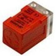 Индуктивные датчики в прямоугольном корпусе LMF4-3005PB фото