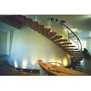 Изготовление лестниц любой сложности под заказ фото