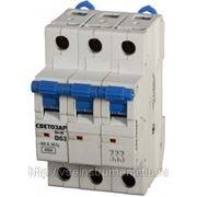 Автоматический 3-полюсный выключатель светозар sv-49063-63-c фото