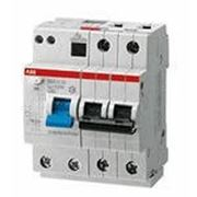 Автоматический выключатель дифференциального тока АВДТ 32 фото