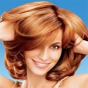 Улучшение структуры волос с использованием сывороток. SPA-процедуры лечения волос. фото