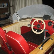 Обивка салонов лодок фото