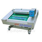 Автоматическая конвейерная вакуум-упаковочная машина DZ-980AC фото