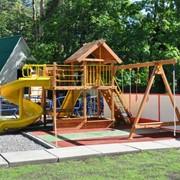 Оформление детских площадок, спортивные игровые комплексы, качели, песочницы, горки фото