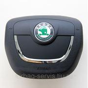 Крышка подушки безопасности водителя Skoda Superb, с 2010 г.в. - доставка по всей России фото