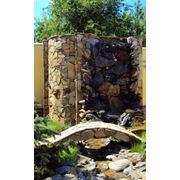 Водопадыпрудыводоемы из природного камня фото