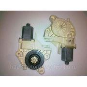 Стеклоподъемник правый электрический передний на Форд Фокус-2 фото