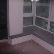 Подоконник гранитный серый фото