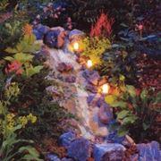 Декоративное освещение сада фото