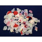 А112 Лепестки роз искусственных фото