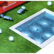 Освещение плавательного бассейна фото