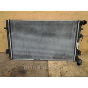 Радиатор охлаждения двигателя GOLF 4 фото