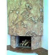 Художественное оформление каминов оформление камина отделка камина отделка каминов авторская лепка рельеф барельеф фреска роспись декоративная штукатурка. фото