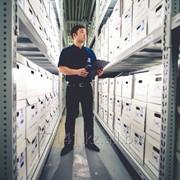 Депозитарное хранение документов фото