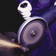 Монтаж и резка труб и металлопроката в размер фото