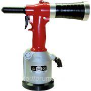 RIV505 Пневмо-гидравлический заклепочник для заклепок 3,2-4,8 мм (6,0 мм - только Алюм) фото
