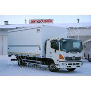 Грузовой фургон на шасси HINO 500 фото